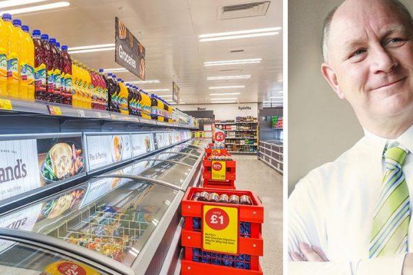 Britisk matkjede slutter med plastemballasje – kommer til Norge