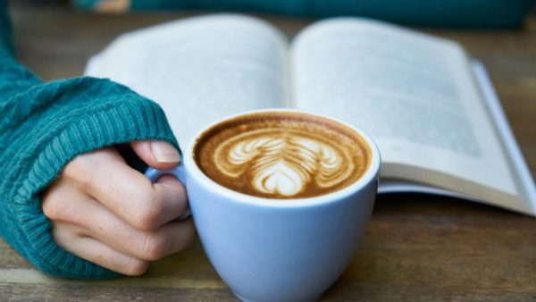 Du läser bättre och snabbare på papper – ny omfattande analys