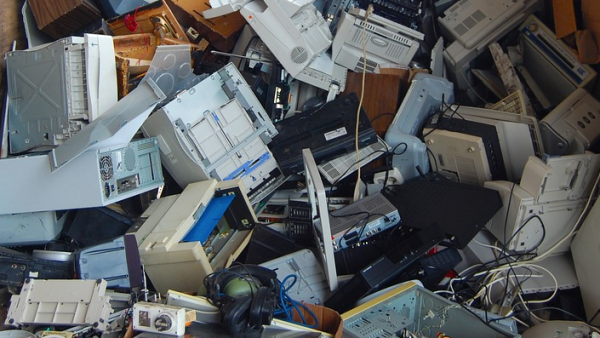 En tsunami av e-avfall
