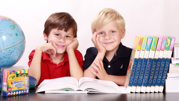 Children likes to read magazines and their parents like for them to read as well