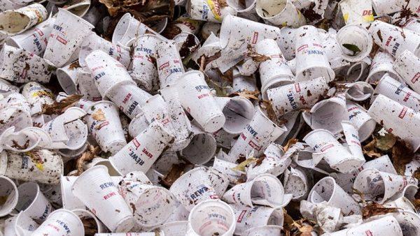 Plastföroreningarna fortsätter – inget ljus i sikte